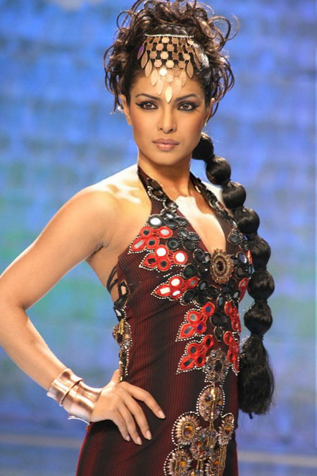 Atrocious Dress and Styling on Priyanka Walking the Ramp