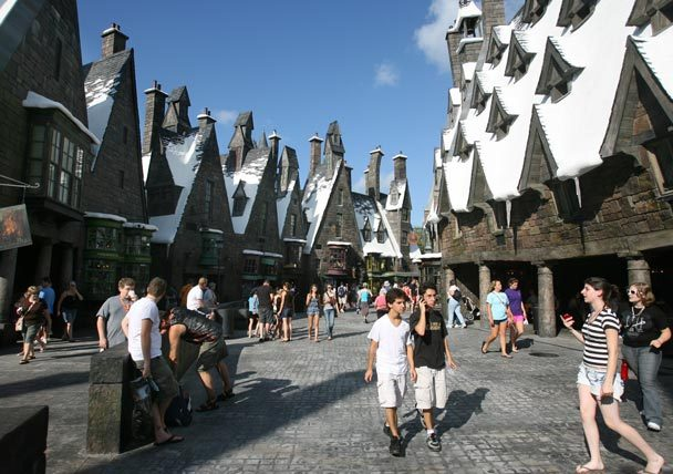 A walk through Hogsmeade would make my day