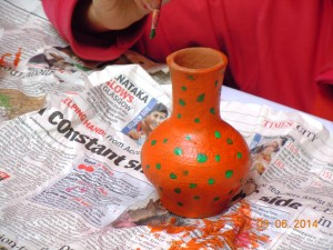 Painting the vase
