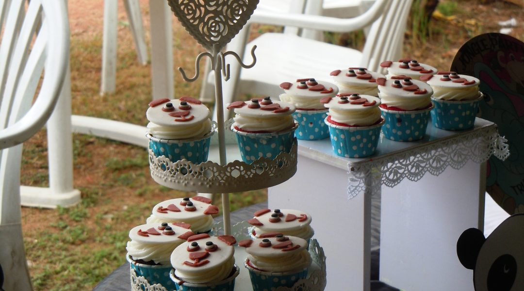 The cupcake display