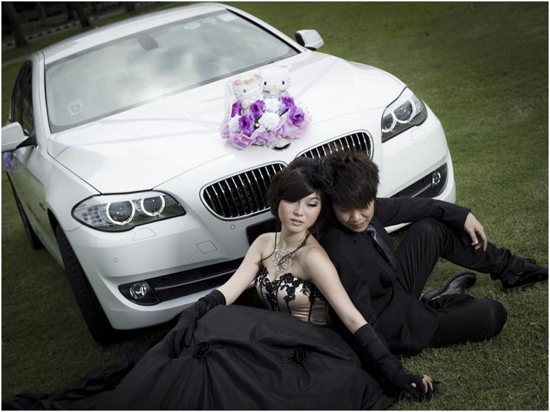 040415_0841_WeddingArra1.jpg