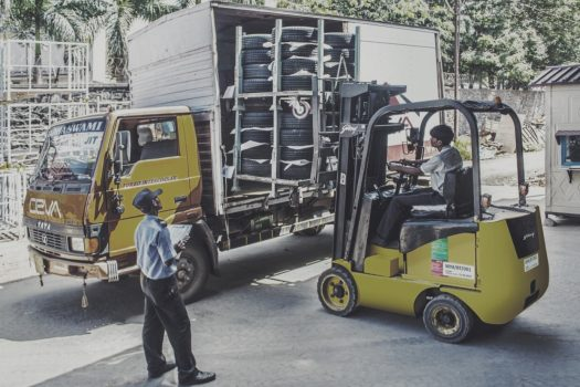 The Top 7 Tips You Need to Know to Stay Safe on A Forklift