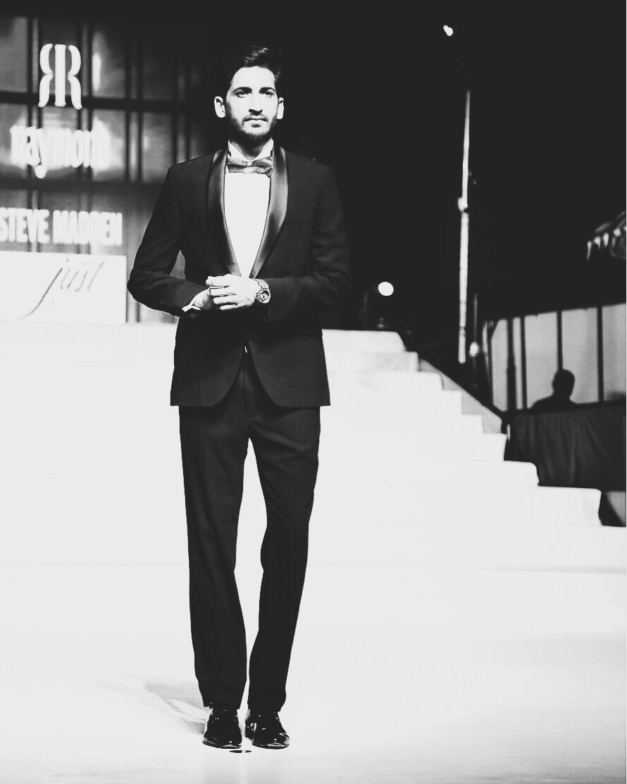A Raymond's tuxedo