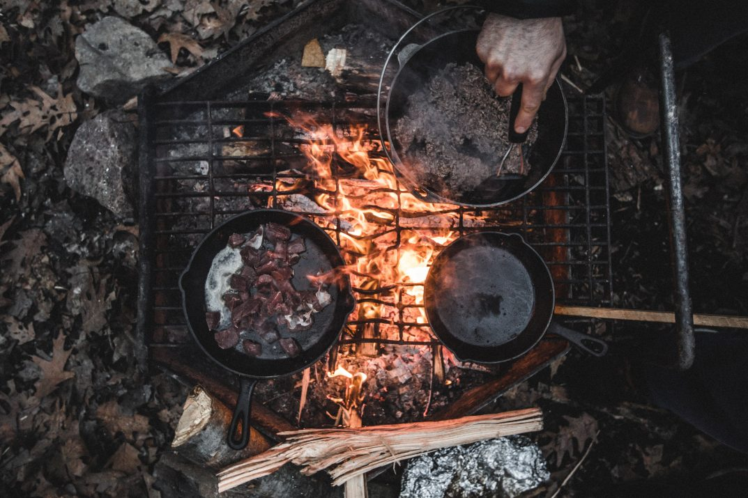 Outdoors cooking